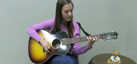 Margaret Glaspy plays guitar