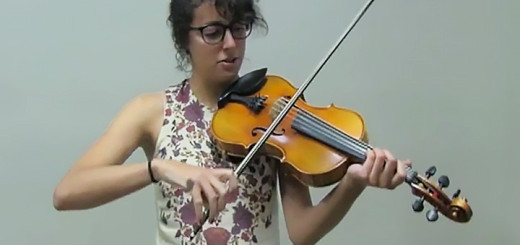 Sumaia Jackson plays the fiddle