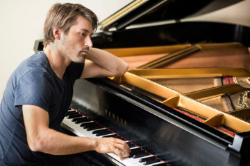 Dan Tepfer at his piano