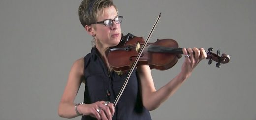 Sara Caswell plays the violin