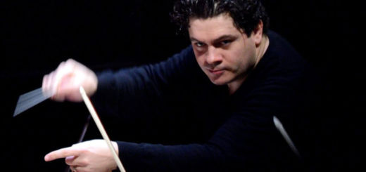 Christian Macelaru conducts